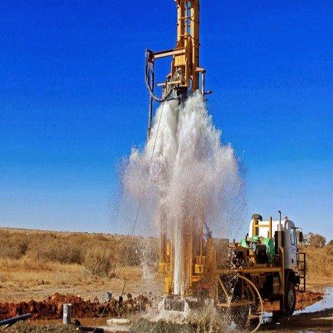 Water-drilling-machine